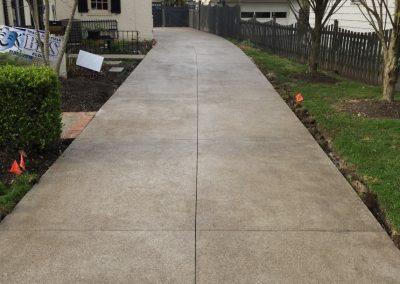 concrete driveway Powell Concrete contractor